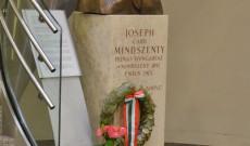 Mindszenty József bíboros, hercegprímás mellszobra a bécsi Irgalmasrendiek korházában