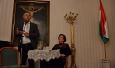 Földi László titkosszolgálati szakértő és Rab Irén magyar lektor