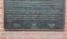 Emléktábla a konzulátuson