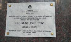 Plakett avatás Bíró László József emlékére