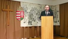 Farkas Wellmann Endre, költő ünnepi beszédet mond