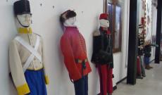 katonai egyenruhák a vittoriai múzeumban
