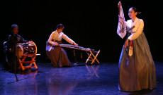 KDSSC Sanjo tánca 2019. december 4-én Torontóban, előadja: Kim MiYoung, Sung Jiyoun, Lee Roa