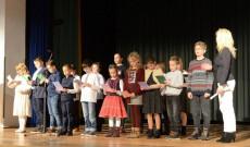 A Müncheni Hétvégi Magyar Iskola diákjainak énekes előadása