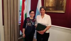 Kibili Angéla kitüntetett és Taczman Andrea KCSP ösztöndíjas