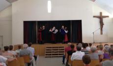 A müncheni Regös Néptáncegyüttes széki táncokat táncoltak