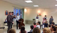 Karácsonyi közös éneklés a zenekari kísérettel