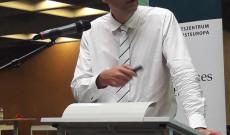 Dr. habil Tamáska Máté előadása Regensburgban