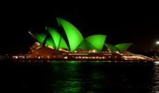 Zöld színben úszott az Operaház Sydneyben