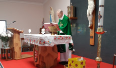 A szentmise kezdete
