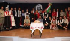 csoportkép az ünnepség után