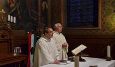 A szentmisét Varga János rektor és Vencser László Ausztriai Idegennyelvű Pasztoráció országos igazgatója mutatták be