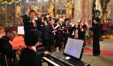 Ünnepi szentmise 2019.okt.20. Prága kórus