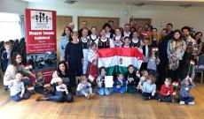 Csoportkép a guildfordi Magyar Iskola március 15.ei műsora napján