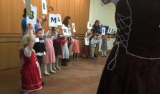 Részlet a Magyar Iskola Woking március 15-ei műsorából