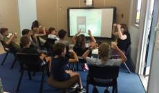 A diákok közösen szolmizáltak a hegedűtanárnővel