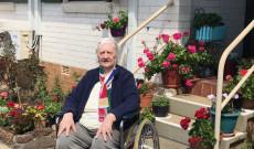 Ilona néni és virágos terasza