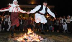 A Szent Iván éji (június 24.) népszokásokat bemutató poszt fotója