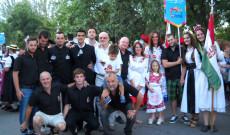A Papp család a közösségek ünnepén (Papp Viktor fotója)