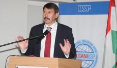 Dr. Áder János