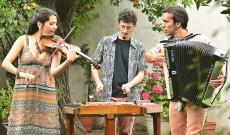 Balkáni muzsika - SinesteTrio