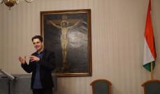 Dombó Dániel Szent Márton liturgiájáról tartott előadást. Fotó: Kalló Zoltán