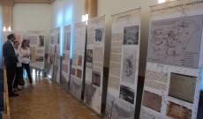 Gulág-kiállítás Felsőpulyán, a Városháza dísztermében