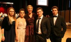 Innsbrucki magyar érettségizők 2017-ben, Antalóczy Izabella tanárnőjükkel