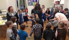 13. Tanodanap, Chester, Anyák napja, tánc