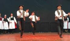 Csöbörcsök Táncegyüttes: Táncok Balázstelkéről - Fotó: Pathy Ottó