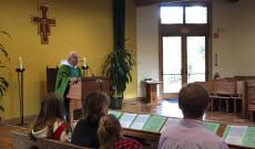magyar nyelvű katolikus szentmise Portola Valleyben