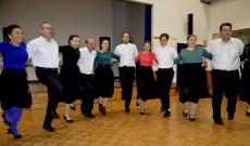Kolbásztöltés és disznótoros vacsora a Magyar Kultur Körnél