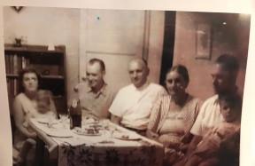 Hungría en Mendoza első családok
