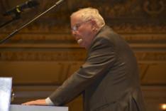 Christoph Blocher beszédet mond