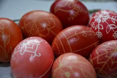 Húsvéti írott tojások
