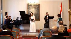 Xuyan Liu szoprán énekes, Arcruvel Velasco (klarinét)