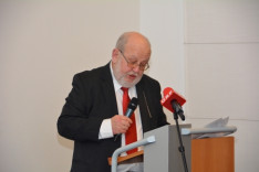 Karl Vocelka, a Bécsi Egyetem nyugalmazott professzora
