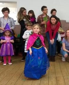 Farsangi mulatság Edinburgh-ben