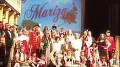 Hágai Magyar Gyermekkar résztvevői a Marica grófnő című operettben