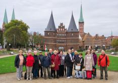 Csoportkép a Holstentor előtt