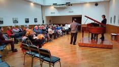 Jacinto Ronan és a közönség