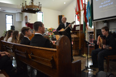 Konfirmáció a San Fernando Völgyi Magyar Református Egyháznál (Los Angeles)