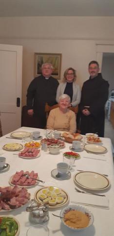 Lelkigyakorlat másnap reggelén a misét követően ünnepi reggelivel zártuk az alkalmat
