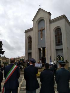Szentmise a vittoriai temetőkertben