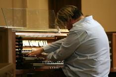 Varnus Xavér koncertje a torontói All Saints Kingsway Anglikán Templomban