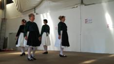 A müncheni Komámasszonyok Néptánccsoport bonchidai táncokat táncoltak