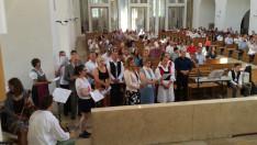 A szentmisén közreműködött az augsburgi Magyar Katolikus Misszió ifjúsági énekkara
