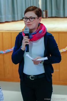 Taczman Andrea, Kőrösi Csoma Sándor ösztöndíjas mutatta be a gyermekfarsang néptáncos vendégeit