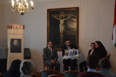 Könyvbemutató a Pázmáneumban. Előadók (balról jobbra): Dr. Soós Viktor Attila, Szalai Viktor, Dr. Taczman Andrea és Bágya Rita