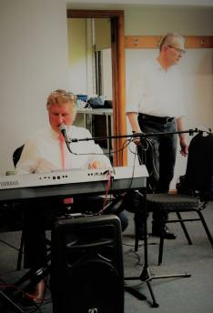 Paska Béla és Albert Károly a zenéről gondoskodtak